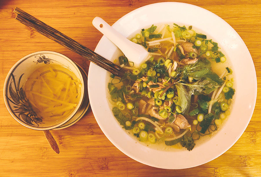 Winter in Berlin: time to eat Pho at Monsieur Vuong